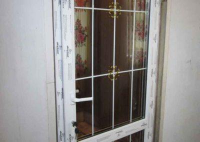 Дверь со шпросами